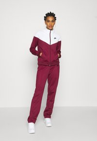 Nike Sportswear - TRACK SUIT SET - Tracksuit - dark beetroot/white - 0
