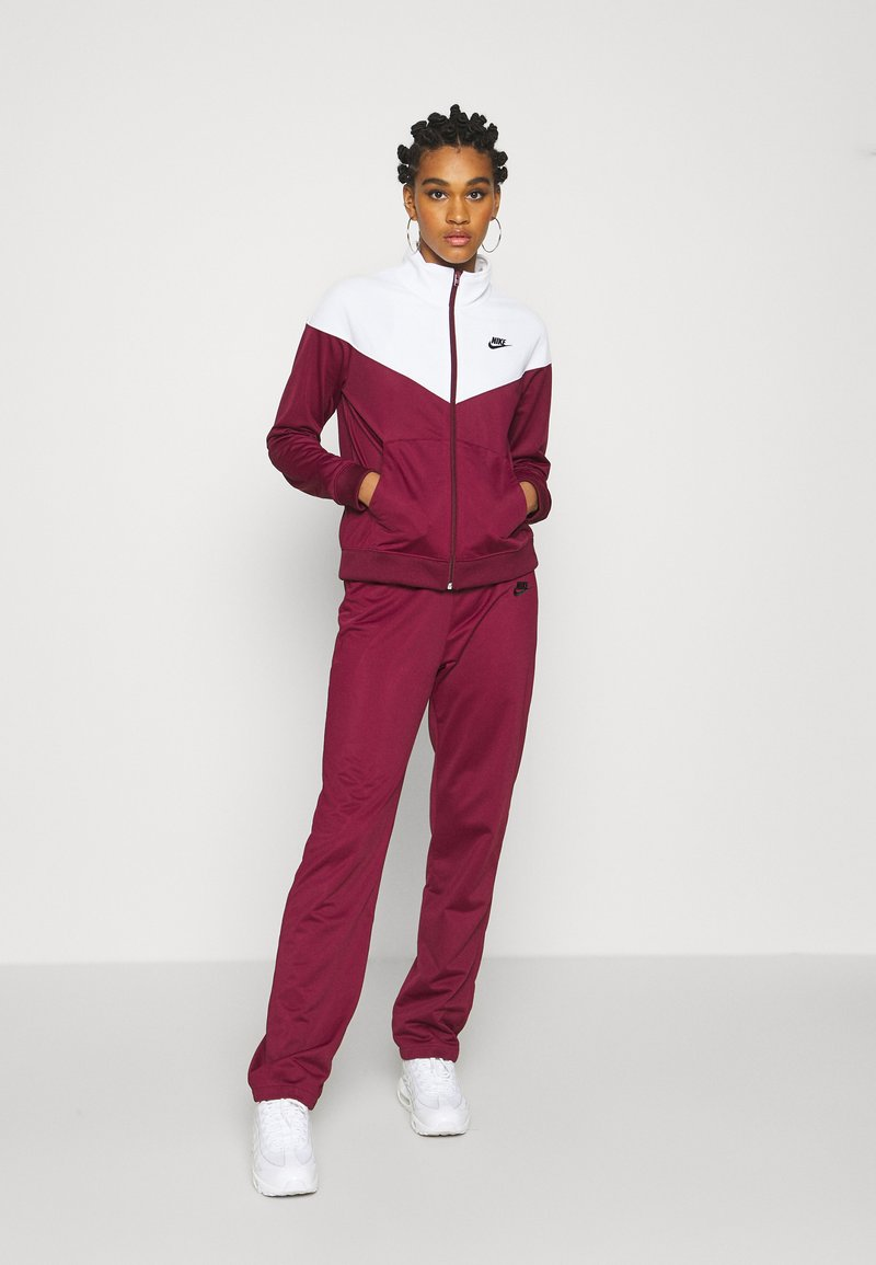 Nike Sportswear - TRACK SUIT SET - Tracksuit - dark beetroot/white