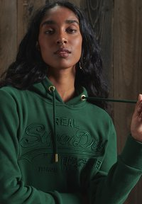 Superdry - VINTAGE LOGO TONAL EMBROIDERED - Hoodie - enamel green - 1