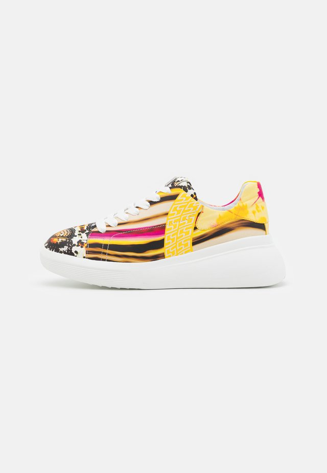 SAFIRE - Sneakers laag - pink/multicolor