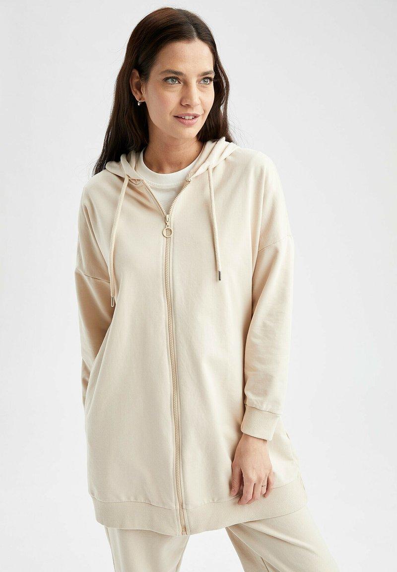DeFacto - Zip-up sweatshirt - beige