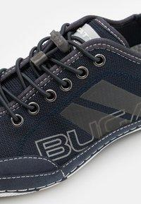 Bugatti - CANARIO - Baskets basses - dark blue - 5