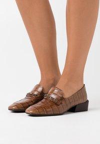 WONDERS - Scarpe senza lacci - taupe - 0
