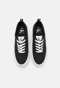 Calvin Klein Jeans - VULCANIZED SKATE OXFORD - Tenisky - black - 4