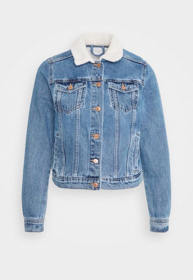 BORG JACKET MELISSA - Kurtka jeansowa - mid blue