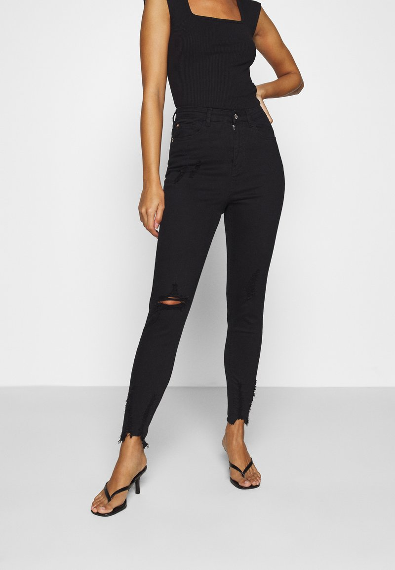 Missguided Petite - SINNER HIGHWAISTED DESTROYED - Jeans Skinny Fit - black