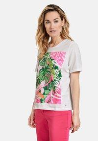 Gerry Weber Casual - T-shirt print - white - 1