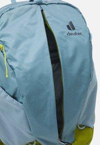 Deuter - AC LITE 21 - Backpack - dusk/moss - 2