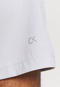Calvin Klein Performance - SHORTS - Korte broeken - antique grey - 5