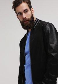 GANT - ORIGINAL SLIM V NECK - T-shirt - bas - pacific blue - 3