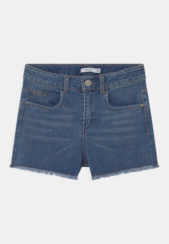 NKFRANDI - Denim shorts - medium blue denim