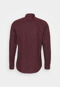 Jack & Jones PREMIUM - JPRBLAOCCASION STRUCTURE - Formal shirt - red mahogany - 1
