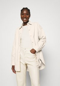 Carin Wester - CACAO - Button-down blouse - beige - 0