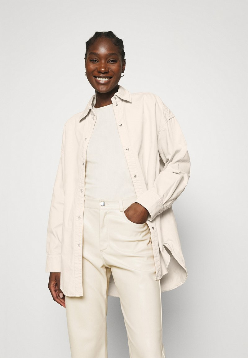 Carin Wester - CACAO - Button-down blouse - beige