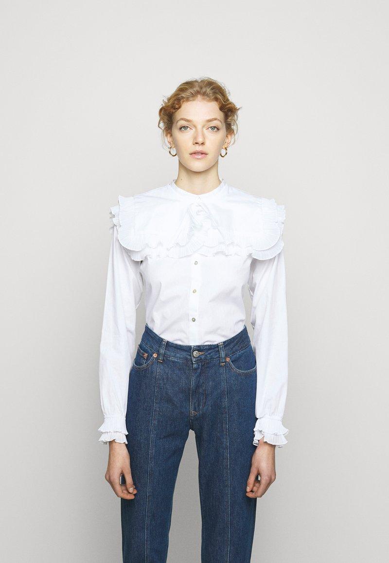 Bruuns Bazaar - POSY EDITOR - Button-down blouse - white