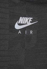 Nike Performance - AIR  - Camiseta de deporte - black/smoke grey - 2