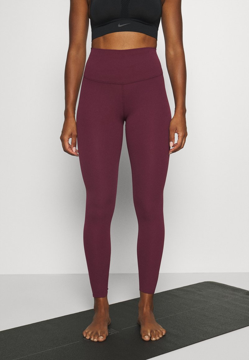 Nike Performance - THE YOGA LUXE - Medias - night maroon/team red