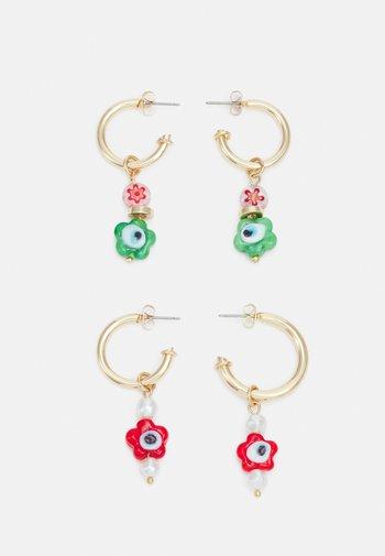 PCFLOWINA EARRINGS 2 PACK - Earrings - gold coloured/green