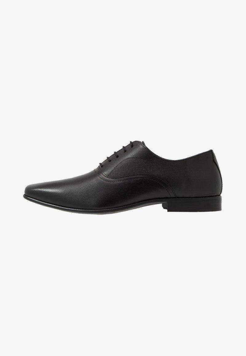 Burton Menswear London - BANKS OXFORD - Derbies & Richelieus - black