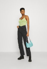 The Ragged Priest - FIELDER - Top - lime - 1