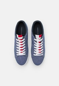Tommy Hilfiger - ESSENTIAL - Sneakers basse - yale navy - 3