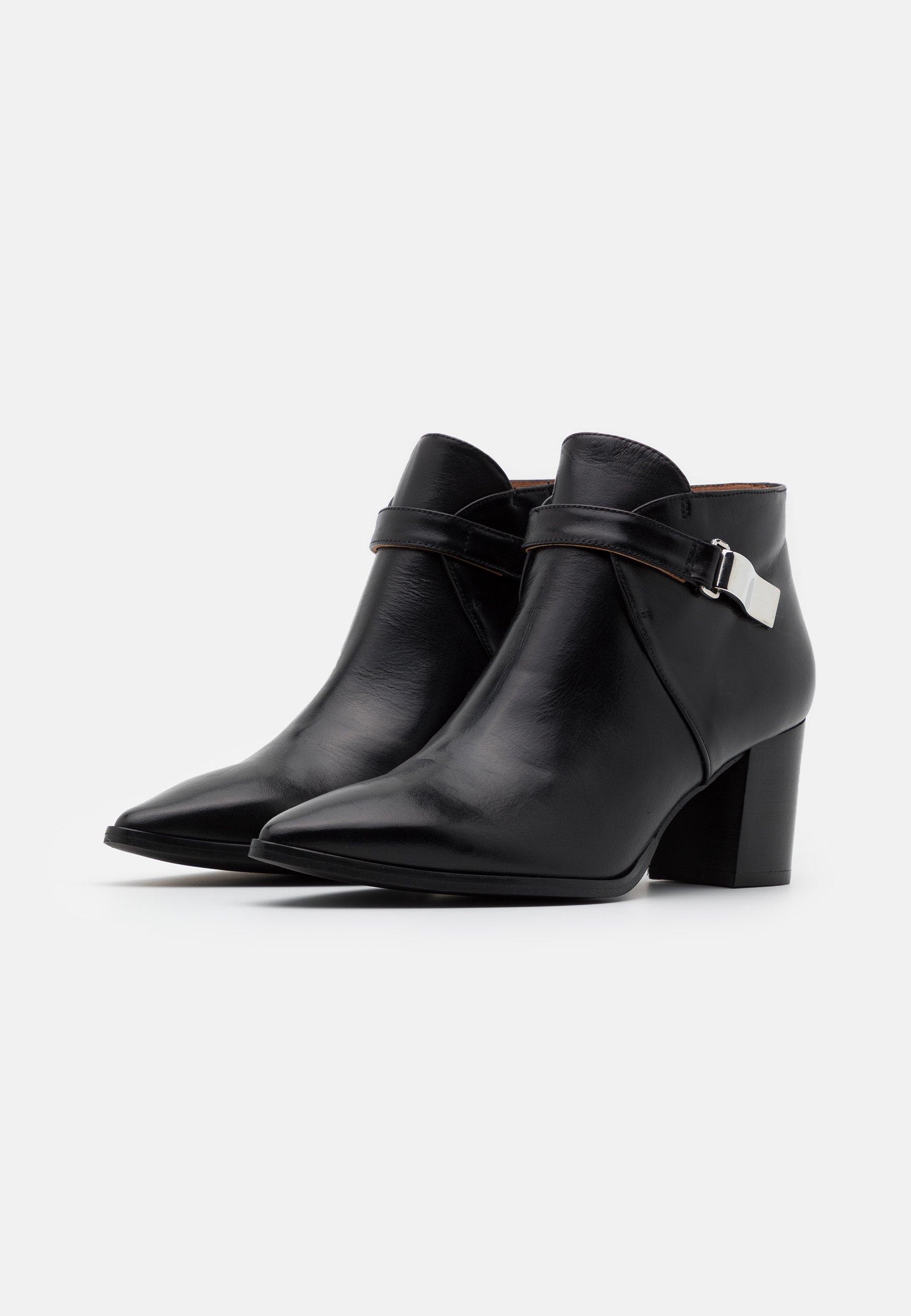 Les mieux notés Meilleurs prix Brenda Zaro BENETTBO Boots à talons black CMxIY