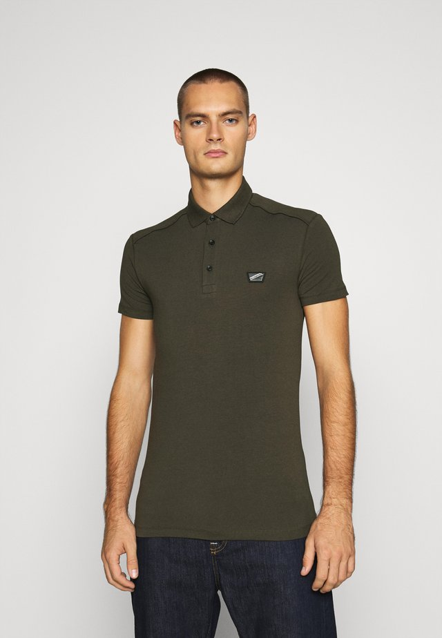 PLATE ON FRONT - Polo shirt - green