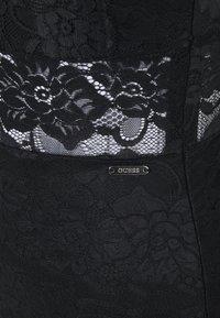 Guess - FLORAL BAND - Sukienka koktajlowa - jet black - 2