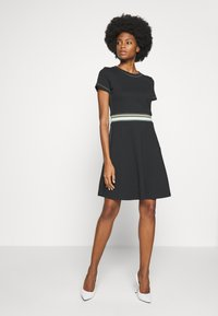 edc by Esprit - RAINBOW - Žerzejové šaty - black - 1