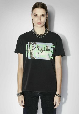 T-shirt con stampa - washed black