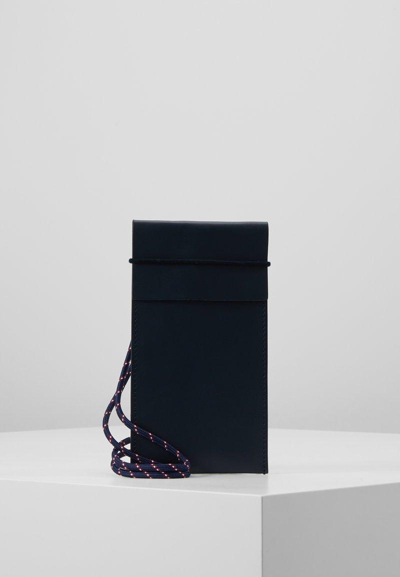 CLOSED - Mobiltasker - schwarz