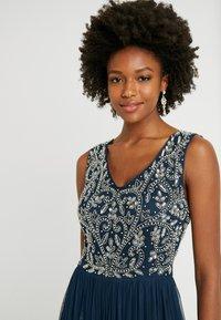 Lace & Beads Tall - SHANTI MAXI - Společenské šaty - navy - 3