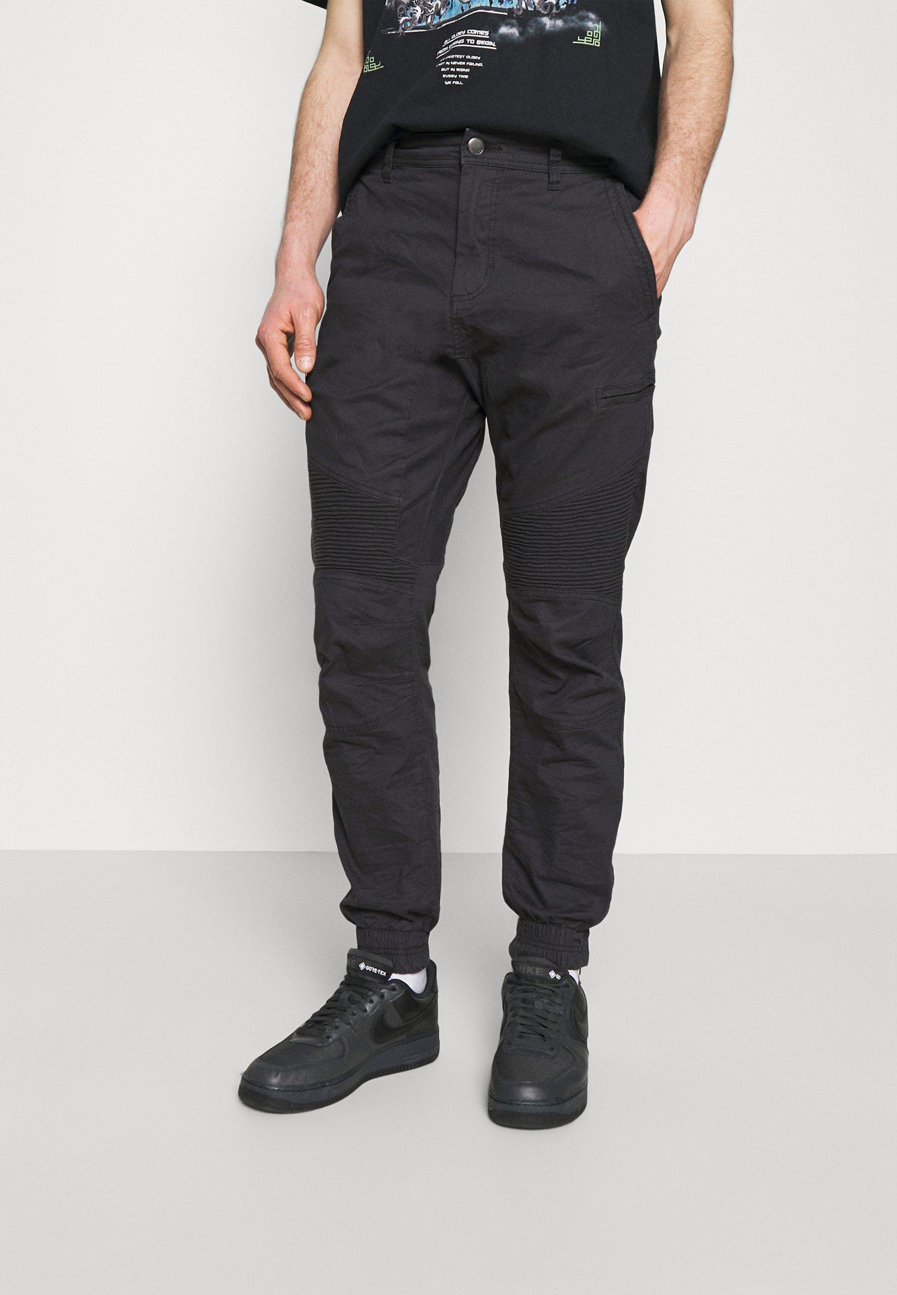 Men URBAN - Cargo trousers
