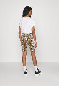 adidas Originals - LEOPARD TIGHT - Shorts - multco/mesa - 2