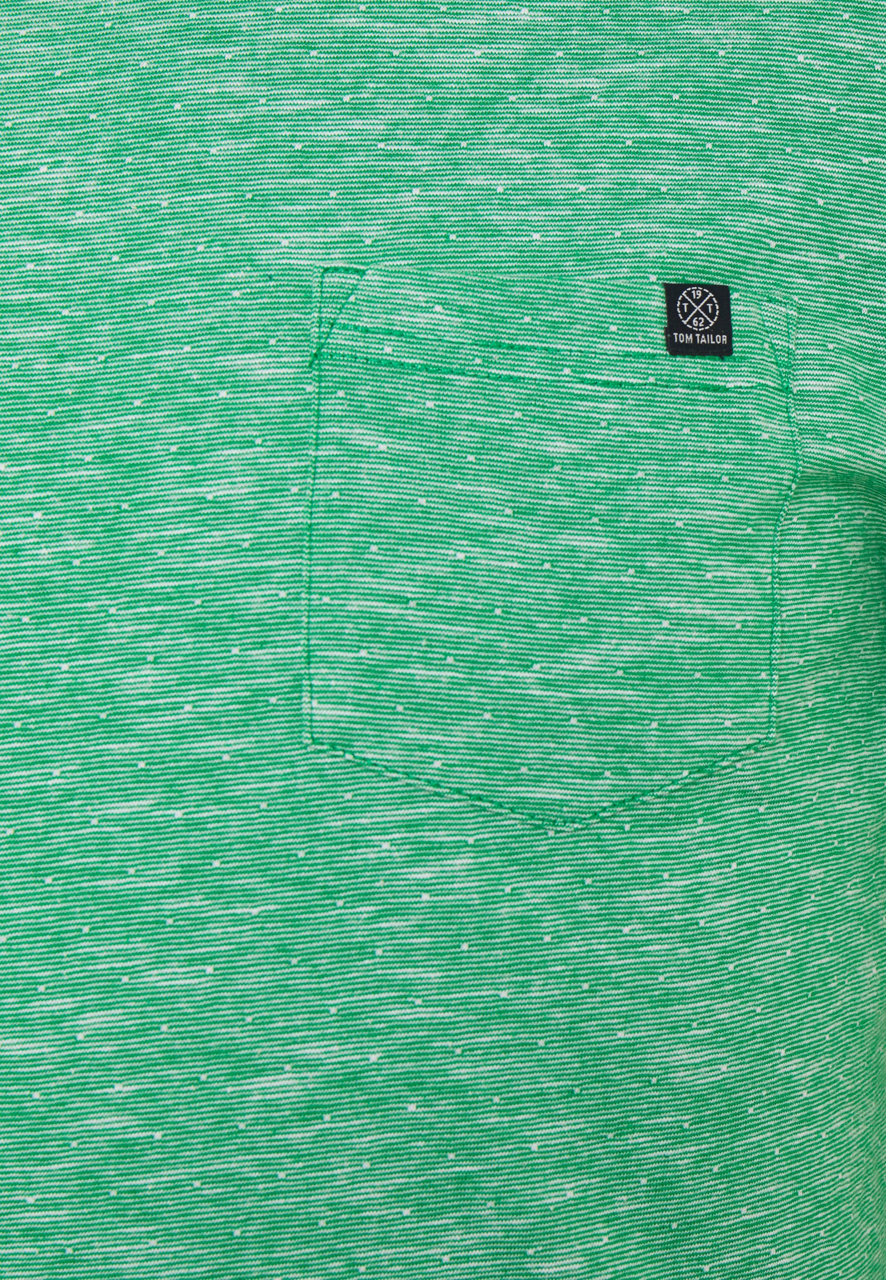 TOM TAILOR WITH CHEST POCKET - Basic T-shirt - green cqjQ0