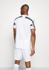 adidas Performance - JUVENTUS AEROREADY SPORTS FOOTBALL  - Squadra - white/black - 2