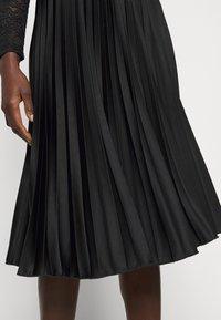 Dorothy Perkins Tall - PLEAT SKIRT - A-line skirt - black - 4