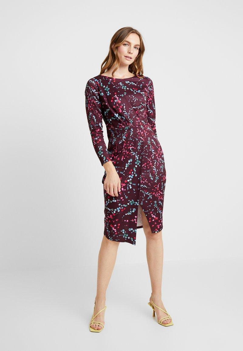 Closet - DRAPED FRONT WRAP DRESS - Shift dress - maroon