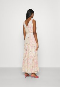 Vero Moda - HANNAH - Maxi dress - birch/hannah - 2
