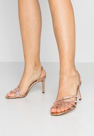 MALEBERRY - Sandály na vysokém podpatku - rose gold