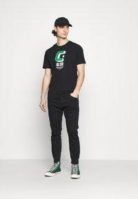 Gabba - ALEX SANZA - Jeans Tapered Fit - black - 1