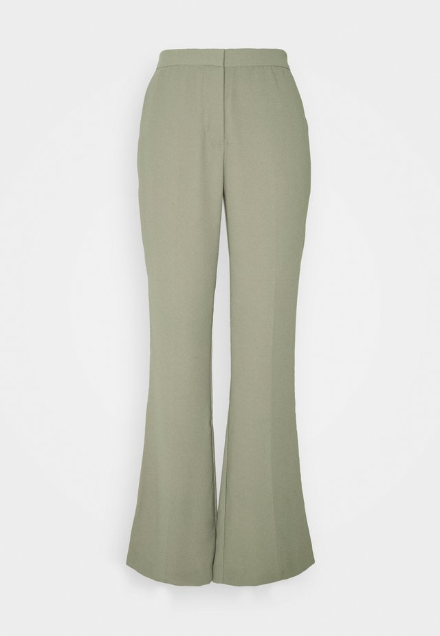 SHAPED SUIT PANTS - Trousers - green