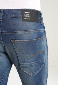 G-Star - ARC 3D SLIM - Slim fit jeans - blue - 4