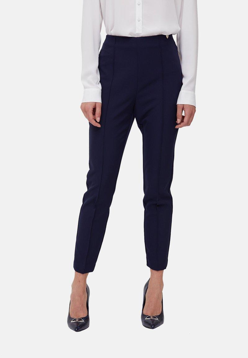 Motivi - SKINNY BISTRETCH - Trousers - blu