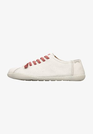 PEU CAMI - Sneakers laag - grau