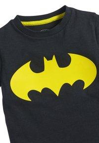Next - BATMAN SHORT SLEEVE T-SHIRT - Print T-shirt - black - 2