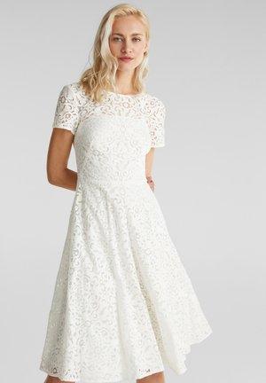 SPITZEN-KLEID MIT SCHWINGENDEM ROCK - Cocktail dress / Party dress - white