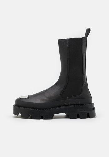 CHELSEA COMBAT BOOT - Cowboy/Biker boots - black