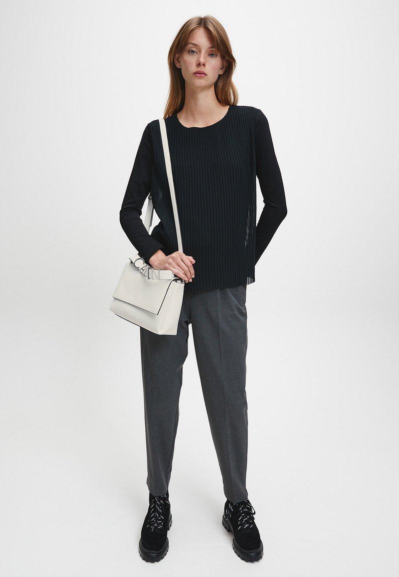 Calvin Klein - FLAP SHOULDER BAG - Handbag - white