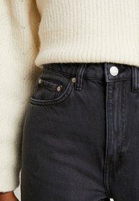 Weekday - LASH EXTRA HIGH MOM ECHO - Jeans fuselé - dark grey - 3